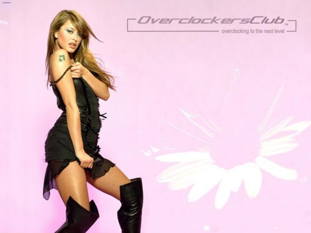 Babes Of OCC Wallpaper Series - Holly Valance